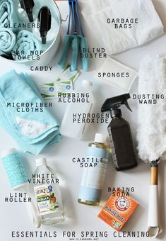 A well stocked spring cleaning tool kit is essential (and makes it more fun! A well stocked spring cleaning tool Deep Cleaning Tips, House Cleaning Tips, Cleaning Solutions, Cleaning Hacks, Cleaning Supplies, Spring Cleaning Checklist, Cleaning Caddy, Cleaning Cloths, Clean Mama