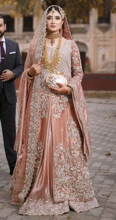 Inbox us to order ✉📬 Contact 📞 📞☎ (WhatsApp ) Can be made in any Color Size Pakistani Bridal Couture, Pakistani Fashion Party Wear, Pakistani Wedding Outfits, Indian Bridal Outfits, Latest Pakistani Fashion, Walima Dress, Shadi Dresses, Pakistani Formal Dresses, Pakistani Dress Design