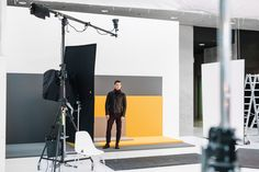 An exclusive glimpse behind the scenes of the BOSS Menswear Fall/Winter 2016 lookbook shoot