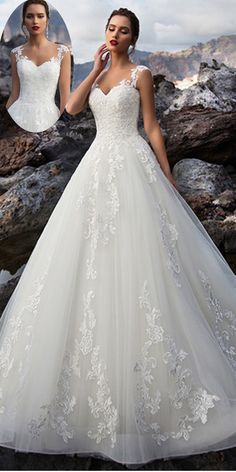 NEW! Attractive Tulle V-neck Neckline Natural Waistline A-line Wedding Dress With Lace Appliques