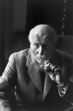 by Henri Cartier-Bresson, Le psychanalyste suisse Carl Jung, Kusnacht près de Zurich, © Henri Cartier-Bresson/Magnum Photos.