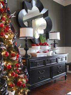 Dining Room Buffet Styling - 2015 Holiday House Tour