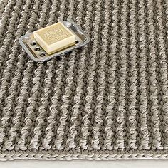Crochet Carpet, Rugs On Carpet, Knitting Patterns, Diy And Crafts, Projects To Try, Interior Decorating, Handmade, Diy Rugs, Blankets