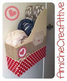 AmicheCreaAttive: Arriva il porta-foulard... Ordine nell'armadio!