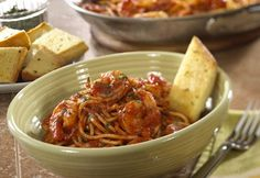 Roasted Garlic and Herb Shrimp Pasta - Spaghetti and shrimp are tossed with a spicy red sauce to make a quick-cooking dinner that fits right into your busy day. Pork Roast Recipes, Fish Recipes, Seafood Recipes, Pasta Recipes, Dinner Recipes, Cooking Recipes, Entree Recipes, Top Recipes, Dinner Ideas