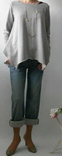 Décontracté~ Would be great to cut the band of the bottom of oversized sweatshirts. Give attention to bottom shape and neckline~~