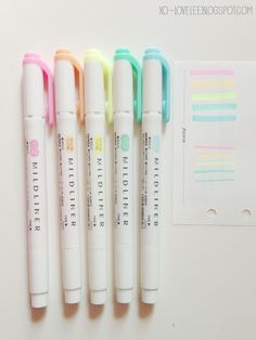 Pastel highlighters. I love that these are pastel highlighters and that they have a tip end and thick end.