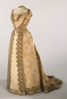 Woman's Dress: Bodice and Skirt  Made in France, Europe  c. 1900  Artist/maker unknown, French