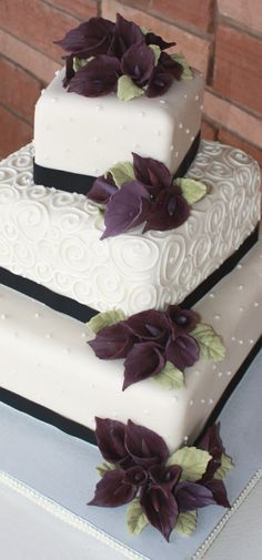 Plum Calla Lilies Wedding cake Sedona Sweet Arts