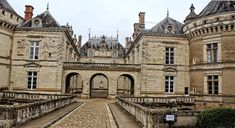 Peek into a Living Museum at the Chateau du Lude Sarthe : The Good Life France