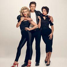Grease: Live - Premières photos de Julianne Hough en Sandy et Vanessa Hudgens en Rizzo! | HollywoodPQ.com