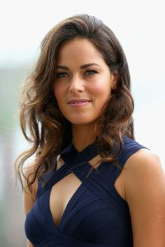 Ana Ivanovic is a retired Serbian professional tennis player. She was ranked No. 1 in the world in 2008, after she defeated Dinara Safina to win the 2008 French Open. She was also the runner-up at the 2007 French Open and the 2008 Australian Open.