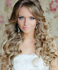 TOP 25 penteados ondulados, venha ver e aprender como fazer esses lindos penteados! http://salaovirtual.org/penteados-ondulados/ #penteadosondulados #penteadossimples #salaovirtual