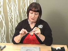A fantastic Stringing Fundamentals tutorial - shows how to design, measure, string, and finish a bracelet perfectly.