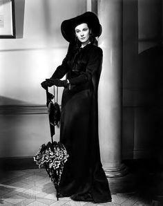 """sparklejamesysparkle: """" Vivien Leigh by Robert Coburn, publicity portrait for That Hamilton Woman, 1941. """""""