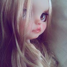 我が家のセクシー担当さん ドフィーヌちゃん そのお色気、少し分けておくれ 今日も1日お疲れ様でした ( ˘ ³˘)♥Good Night.。.:*♡ .。.:*.. #ブライス #ネオブライス #カスタムブライス #ドフィーヌ・アルーア