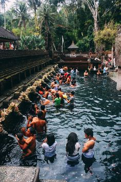 2.) Pura Tirta Empul | 11 Amazing Things You Need To See And Do In Bali On Your First Visit (8)