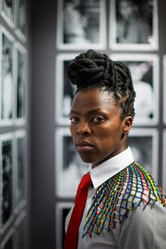 South African artist Zanele Muholi has won the 2013 Carnegie International prize for an emerging artist.