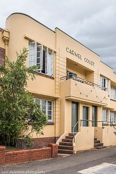 Carmel Court, South Brisbane Streamline Moderne, Modern Photography, Bedroom Art, Multi Story Building, Brisbane Queensland, Art Deco, Australia, Architecture, Sydney