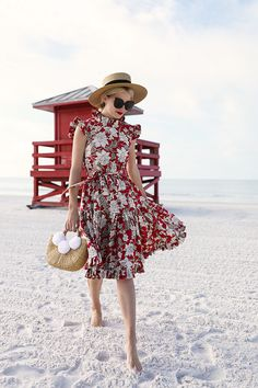 A DAY IN THE SUN // RED FLORAL DRESS & POM POM BAG | Atlantic-Pacific