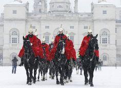 Londra sotto la neve, immagini da fiaba