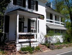 The Hunter's Head Tavern, Upperville VA