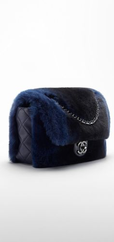 Fall-Winter 2015/16 Pre-Collection - Orylag fur and lambskin flap bag