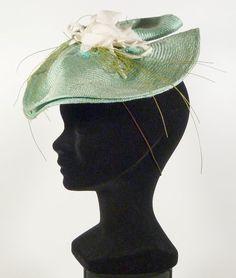 Chapeau de cérémonie femme SYLVIE FOSCOUDIS France vert mariage French green hat