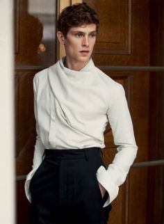 The Modern Dandy–For the latest issue of Acne Paper, Danish model Mathias Lauridsen appears before the lens of David Armstrong for a sophisticated story styled… Fashion Wear, High Fashion, Winter Fashion, Mens Fashion, Fashion Outfits, Acne Paper, David Armstrong, Mein Style, Androgynous Fashion