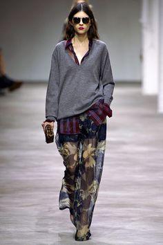 Dries Van Noten Spring 2013 Ready-to-Wear Collection Photos - Vogue Look Fashion, High Fashion, Fashion Show, Runway Fashion, Fashion Design, Fashion 2014, Grunge Fashion, Daily Fashion, Fashion Week Paris
