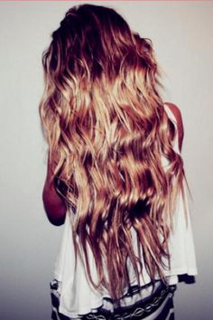 #Long #Wavy #Curly #Hair #Style #Beach #Salt