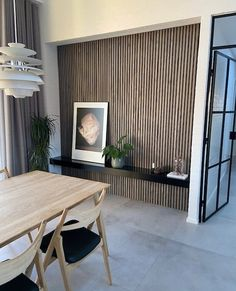 At WoodUpp, you can find the finest wooden panels for your wall that gives an authentic look to your home interior. ✓Get your color sample before you buy. Indian Home Interior, Luxury Homes Interior, Cheap Rustic Decor, Cheap Home Decor, Interior Cladding, Wooden Wall Panels, Japanese Home Decor, Cheap Bathrooms, Hippie Home Decor