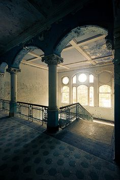 Beelitz Heilstatten, Brandenburg, Germany  sanatorium (by spreephoto.de)