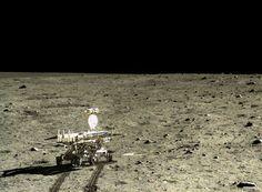 実は37年ぶり。中国の無人月探査機が撮った月面写真 5
