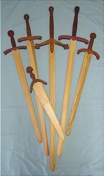Raven Studios - Wooden practice swords, wooden weapons and wooden dummies.