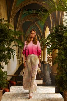 Nicole Miller Spring 2021 Ready-to-Wear Collection - Vogue Knit Fashion, Vogue Fashion, Fashion Sewing, Fashion News, Boho Fashion, Spring Fashion, Fashion Show, Fashion Looks, Fashion Trends