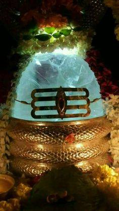 Mahashiv in Crystal format 💙 Shiva Linga, Shiva Shakti, Durga Maa, Lord Vishnu, Lord Shiva, Shiva Meditation, Hindu Deities, Hinduism, Shiva Photos