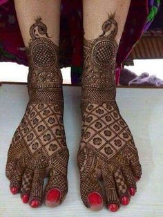 Trendy Wedding Budget 5000 How To Have 63 Ideas Dulhan Mehndi Designs, Unique Mehndi Designs, Wedding Mehndi Designs, Wedding Henna, Beautiful Mehndi Design, Latest Mehndi Designs, Mehndi Designs For Hands, Beautiful Toes, Wedding Nails