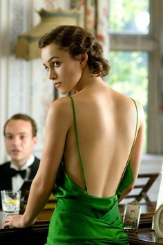 """""""Keira Knightley wearing the """"green dress"""" designed by Jacqueline Durran in the 2007 film Atonement © Alex Bailey"""" Keira Knightley Style, Keira Christina Knightley, Keira Knightley Movies, Keira Knightley Tumblr, Anna Karenina, Atonement Dress, Atonement Movie, Beckham, Green Gown"""