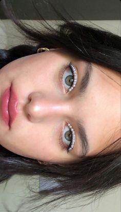 Edgy Makeup, Makeup Eye Looks, Creative Makeup Looks, Cute Makeup, Pretty Makeup, Skin Makeup, Makeup Inspo, Makeup Art, Makeup Inspiration