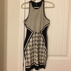 Dress Never worn! Cute for work or play! H&M Dresses Midi