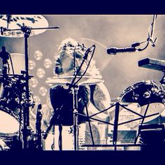 Dave Grohl  Them Crooked Vultures
