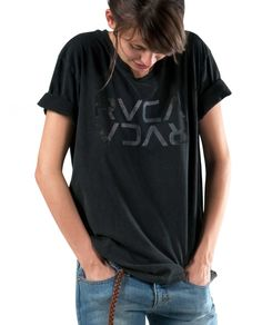 RVCA Womens : Tees - Rvca Burst Stack Cre
