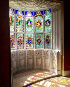 Beautiful colored light seen through richly painted glass at Horace Walpole's fantasy house, the Gothic revival Strawberry Hill. Cathedral Windows, Church Windows, Windows And Doors, Leaded Glass Windows, Glass Panels, Beveled Glass, Mosaic Glass, Window Art, Window Panes