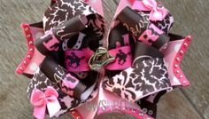 The product you need in your bow making arsenal! How to stiffen hair bows: because wimpy hair accessories are sad and inappropriate. Hair Ribbons, Hair Bows, Flatten Bottles, Crochet Bows, How To Make Ribbon, Christmas Bows, Boutique Bows, Baby Headbands, Hair Pieces