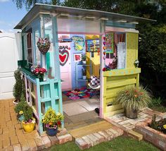 Best Garden Shed Design Ideas and Storage Shed Plans Part 4 – garden shed ideas diy Garden Shed Interiors, Garden Shed Diy, Garden Ideas, Cheap Garden Sheds, Garden Crafts, Garden Tips, Diy Crafts, Backyard Chicken Coops, Backyard Sheds