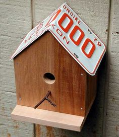 License Plate Birdhouse by runnerduck #Bird_House #runnerduck #License_Plate