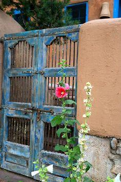 Beautiful doors in Santa Fe, New Mexico Southwest Decor, Southwest Style, Southwestern Doors, Old Doors, Windows And Doors, New Mexico Style, Adobe House, Santa Fe Style, Hacienda Style