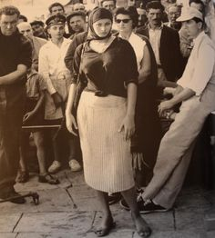 Υδρα 1957...Την εποχή που η Ελλάδα ήταν ποθητή...και οι Ελληνες ζούσαν τον πολιτισμό της φτώχειας