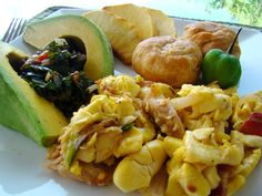Jamaica National Dish, Ackee&Saltfish with roasted Breadfruit, fried dumplin and avocado. In Jamaica they call the avocado pears! Jamaican Cuisine, Jamaican Dishes, Jamaican Recipes, Jamaican Restaurant, Entree Recipes, Seafood Recipes, Cooking Recipes, Healthy Recipes, Cooking Time